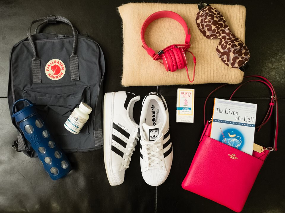 What's In My Bag: Travel Edition.