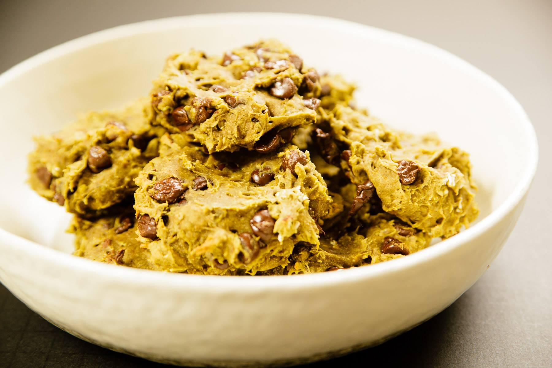 Matcha Chocolate Chip Cookies